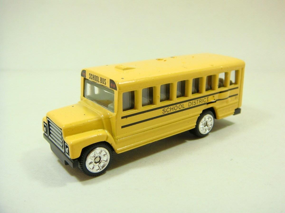 Free shipping 4 golden bus alloy car model