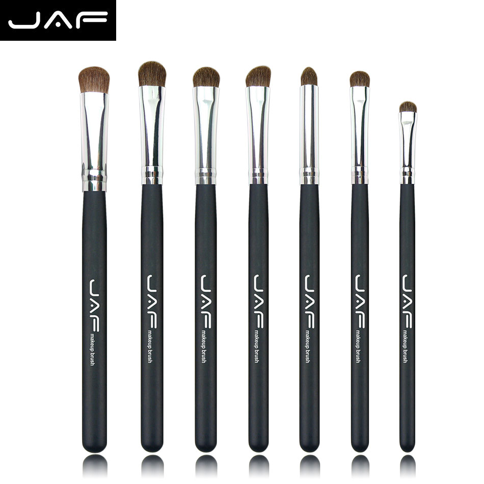 Natural hair eyeshadow brushes A Set of Makeup Brushes Makup Brush Set Makeup Brushes Tools twelve makeup brushes set