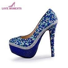b8a81f611 Azul Royal Strass Casamento Sapatos Feitos À Mão Linda Festa de Formatura  Bombas Cinderela Prom Saltos Altos Sapatas De Vestido .