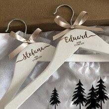 Персональный гравированный вешалки для платья для свадебной вечеринки, для невесты, подружки невесты, имя и роль на память, реквизит для фотосессии