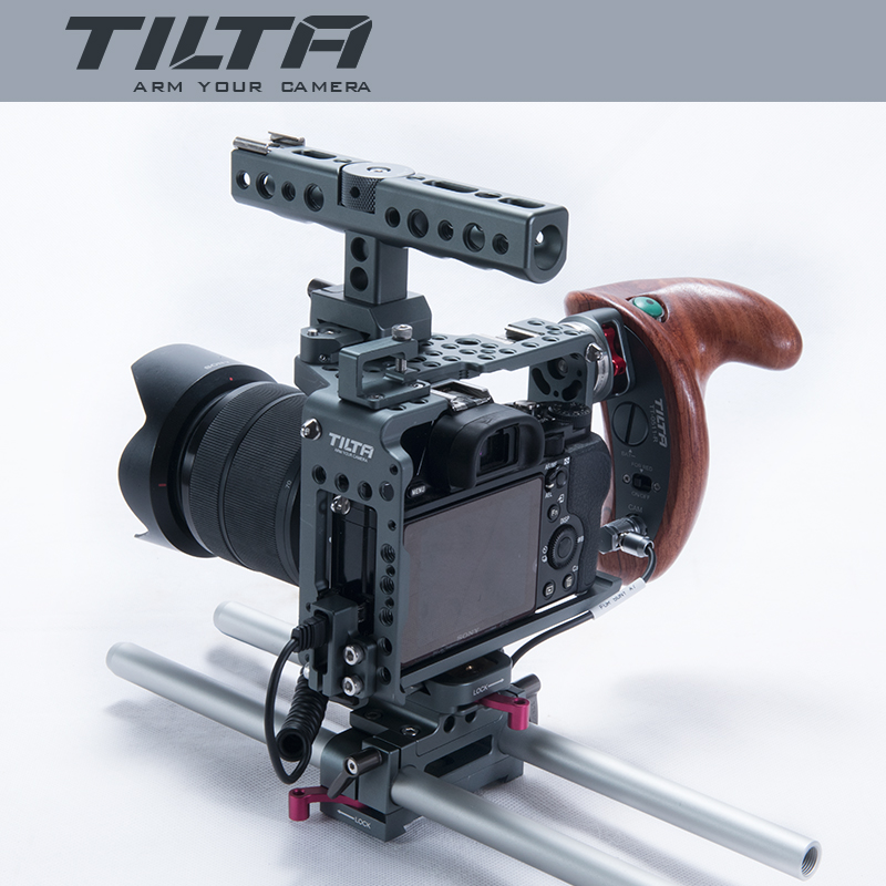 NEW Tilta ES-T17-A rig Alpha 7 Cage A7S A7S2 A7R A7R2 Rig Cage Baseplate New Wooden Handle For SONY A7 series camera digitalfoto tilta a7 professional dslr camera rig cage with baseplate wooden handle top handle for sony a7 a7s a7s2 a7r a7r2