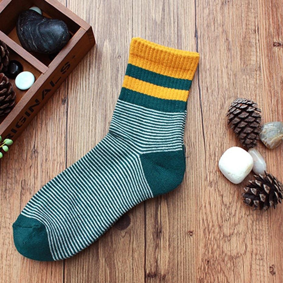 1 Pair Men/Women Outdoor Hiking/Skiing socks High-quality sports socks Adult Sock Athletic Comfortable Socks