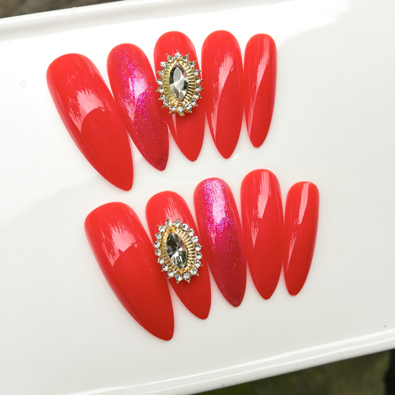 Luxury crystal extremely fake nails pure red press on nail tips 24pcs with stickers
