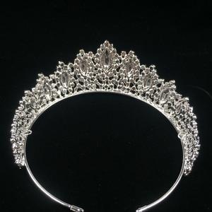 Image 3 - Hadiyana New AAA Rhinestone Crowns Vintage Style Big Eye Shape Wedding Accessories Bridal Hair Tiaras Yellow Gold Party BC3707