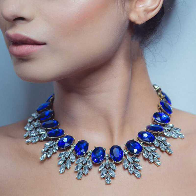 Dvacaman Brand 2017 New Trendy Blue Crystal Statement Necklace Chokers Short Clavicle Necklace Wedding Party Jewelry Bijoux AA12
