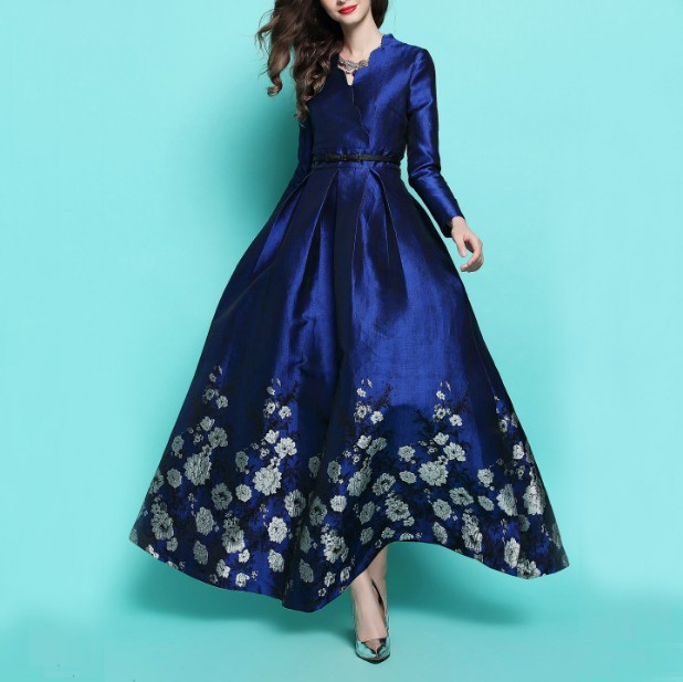 82a1368490 2018 Spring and Autumn Women's Retro V Collar Long-sleeved Luxury Jacquard Super  Long Dress