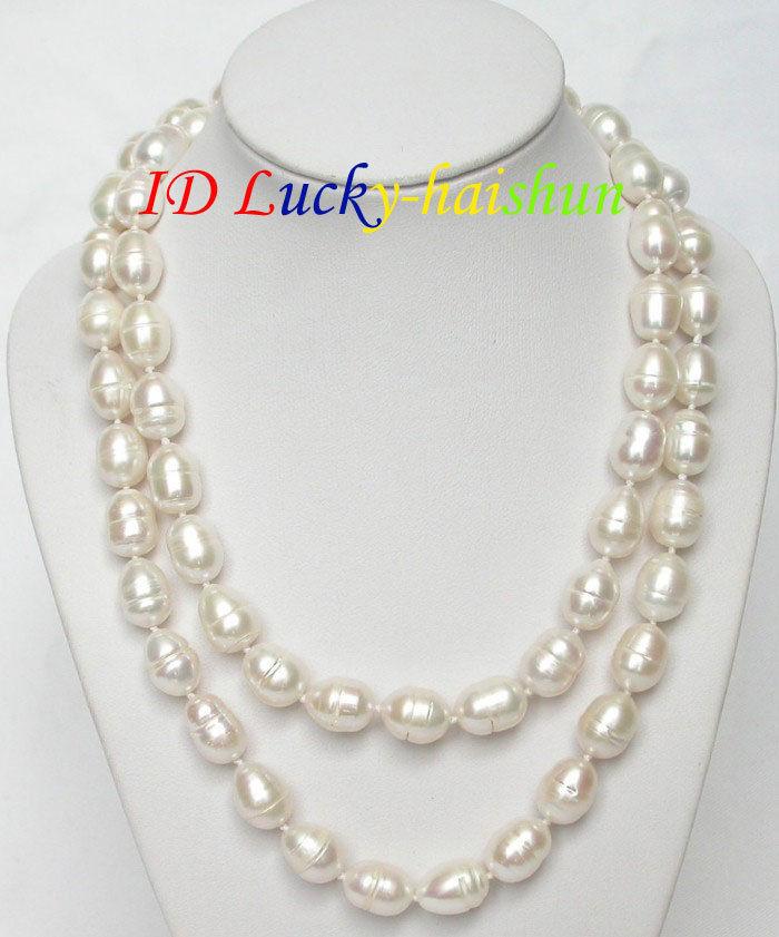 Nouveau collier de perles blanches baroques naturelles de 32