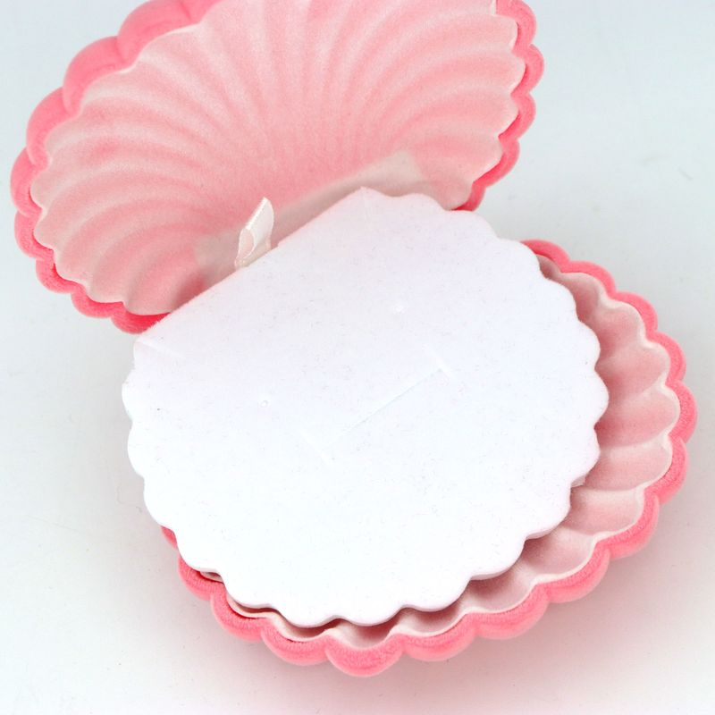 1 PCS Pink Velvet Shell Necklace Earrings Ring Box Jewelry Packaging For Wedding Engagement Display Holder Storage Wholesale in Jewelry Packaging Display from Jewelry Accessories
