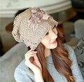 5 Цвет Мода Осень Шапочки Для Женщин Цветочный Аппликация Кружева Хлопка лайнер Сохранить Теплые Зимы Женщин Шляпа Gorros Девушка Уши Шляпу CP096
