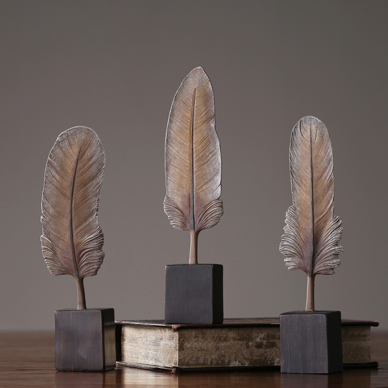 Nordic style feather ornament decoration miniature figurines  Resin Arts and Crafts wedding home