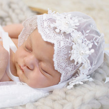 D   J tapa recién nacido bebé dulce sombrero de princesa de encaje para bebé  niña gorro bebé apoyos de la foto de Accesorios Som. 948a859dd55
