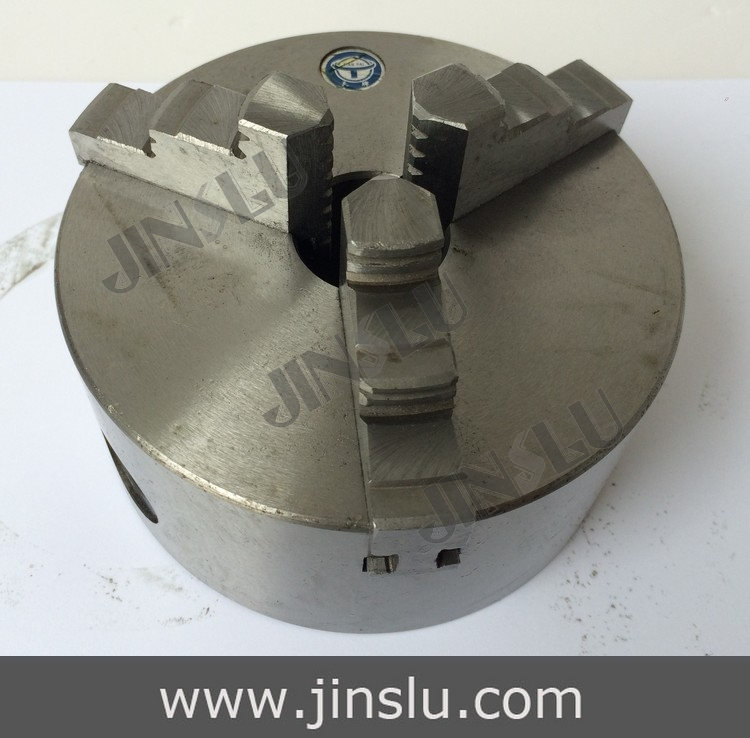 Self-centering Manual 3 jaw Lathe Chuck K11-130 3 jaw lathe chuck k11 125 125mm manual self centering m8 for welding positioner turntable bench top lathe accessories