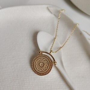 Image 4 - LouLeur 925 srebro okrągłe żyły naszyjnik złoty elegancki wzór nowy modny tekstury naszyjnik dla kobiet biżuteria