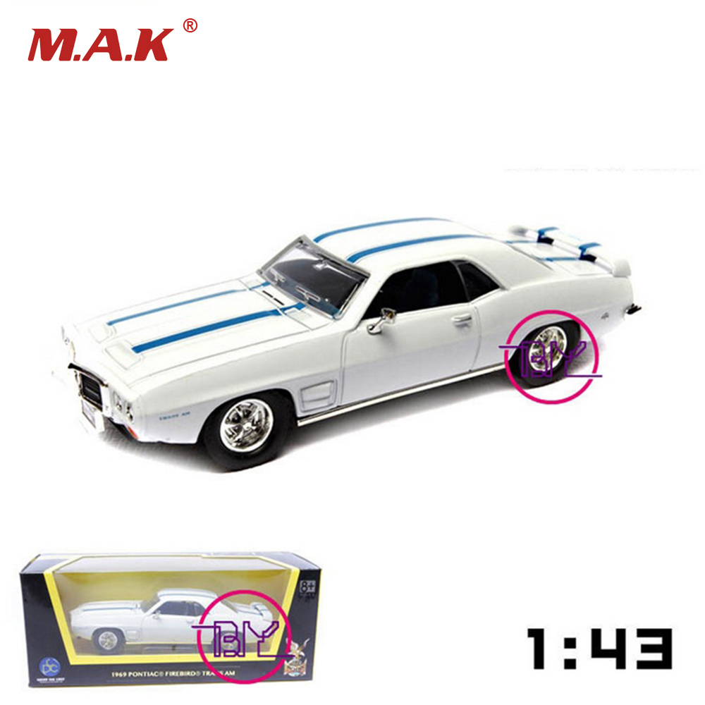 New In Box 1/43 Scale Road Signature 1969 Pontiac Firebird Trans Am Diecast Car <font><b>Model</b></font> White Toys for Boys Gifts Brinquedos image