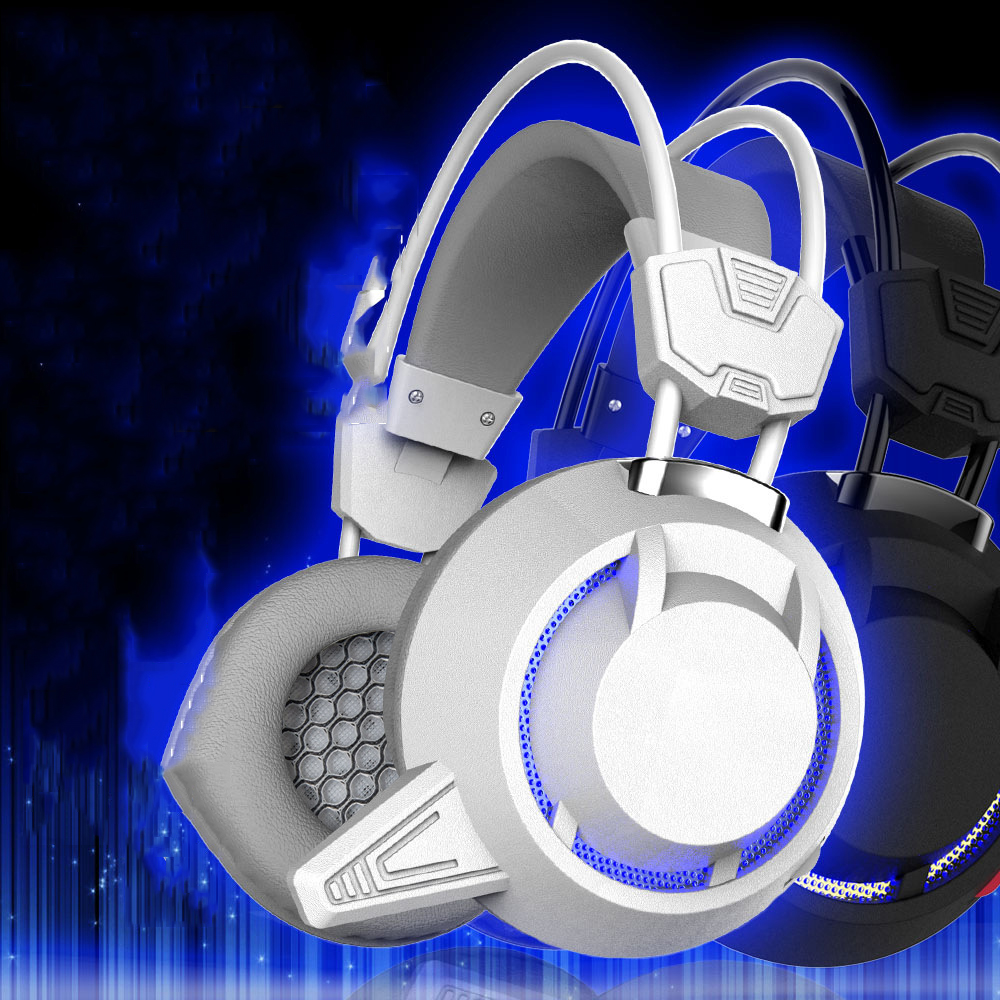 New Gaming Headset Soft Over-ear Game Headphone PC780 Earphone Headband with Microphone USB LED Light for PC Gamer Computer