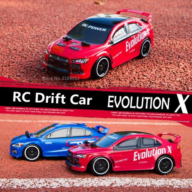 חם! 2.4G RC להיסחף מהירות רכב EVO האבולוציה X סובארו 4 ערוץ שלט רחוק מכונית מירוץ 30 KM/H במהירות גבוהה 4WD להיסחף מכונית מירוץ