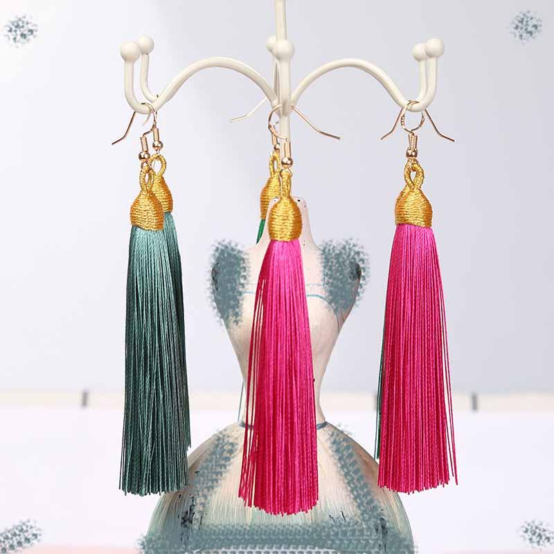 Fashion Bohemian Tassel Alloy Long Earrings White Red Silk Fabric Pendant Pendant Tassel Earrings Women 2019 Jewelry in Drop Earrings from Jewelry Accessories