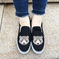 Wen Unisexe Toile Chaussures Noir Blanc 2 Couleurs Slip Sur Sneakers Original Design Animal Panda Tatouage Extérieur Sport Chaussures