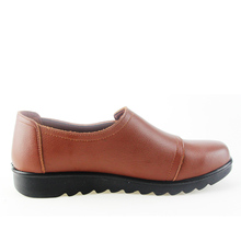 Fashion Casual Women Leather Shoes Ladies Slip On Comfortable Work shoe