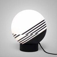 Пост Современный Креативный дизайнер Зебра Акриловые мяч привело E27 Настольная лампа для Гостиная Спальня исследование ч 40 см AC 80 265 В 1644