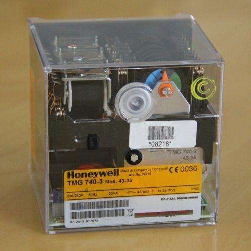 TMG740-3 Mod.43-35 220-240V IP40 Honeywell Control Box for Gas Burner Controller New Original honeywell ignition solenoid valves ve410aa1003t 3 8 for gas burner new
