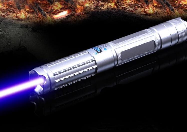 445nm/447nm/450nm Étanche focalisables 50000 m pointeurs laser bleu brûlant étoiles pointeur torche Brûlant matchs de cigarettes + 5 caps