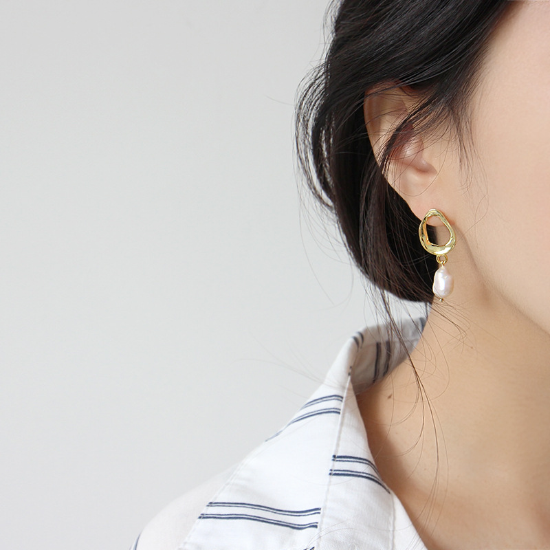 Flyleaf INS Style Irregular Gold Pearl Drop Earrings For Women 925 Sterling Silver Lady Fashion Jewelry