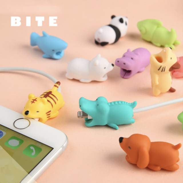 1pcs Cable Bite Protector For Iphone Cable Biters Usb Dog Panda Animal Mobile Phone Connector Accessory Dropshipping Squishy Toy Cable Winder