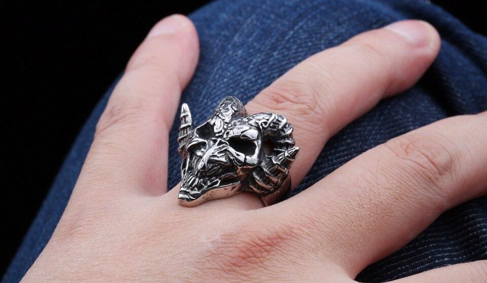 แหวนโคตรเท่ห์ Code 030 แหวนกะโหลกฮอร์น ปีีศาจโหดๆ สแตนเลส15