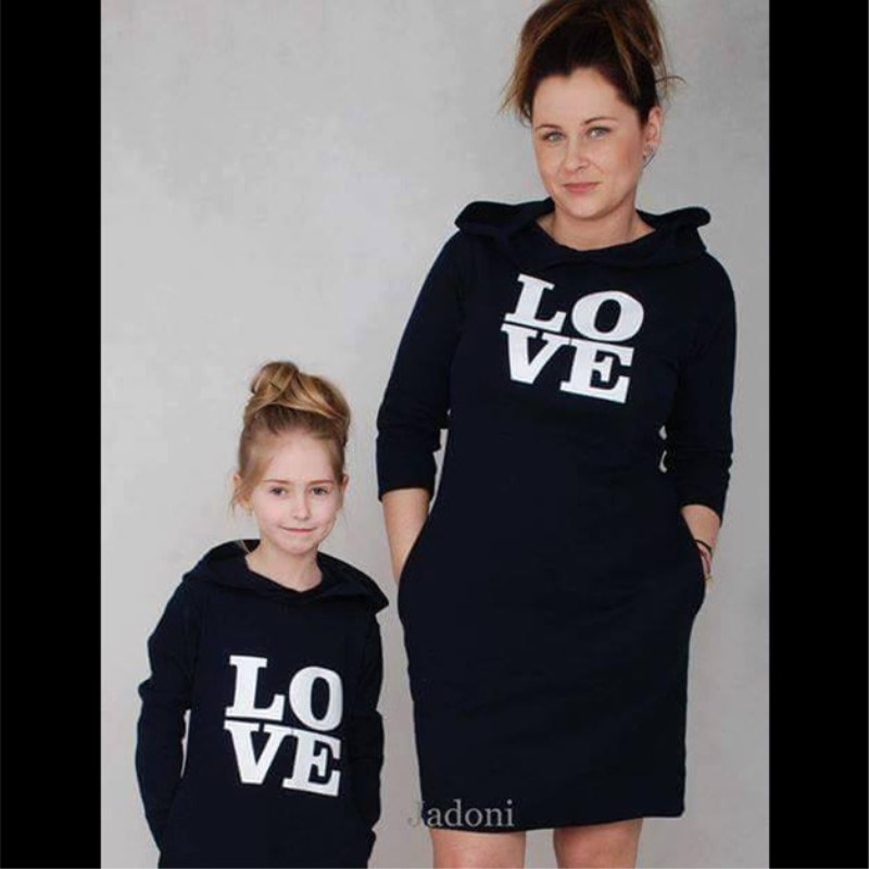 e3736fc781fb Love Mom Love Baby Shirts Family Matching Sweaters Mom and Daughter ...