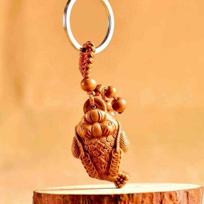 Chinese Feng Shui Geomancy Wealth Gold Frog Wood Carved Statue Key Chain