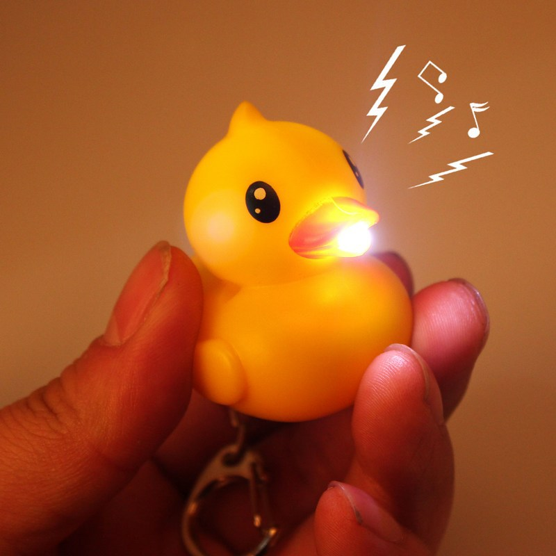 1pcs/lot Fashion LED New Cute Yellow Duck Keychains Gift For Friends Sound LED Flashlight Ball Key Chain Toy Chaveiro Key Ring