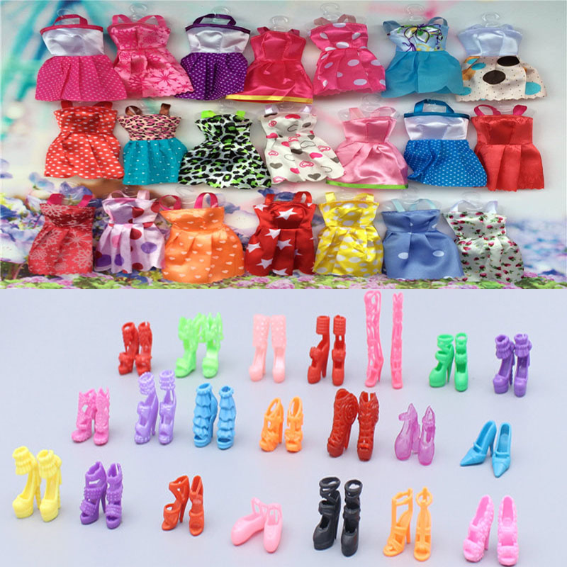 30pcs/set Mixed Handmade Party 10 Dresses Fashion Random Style Clothes+20 Pair Accessories Shoes  for Barbie Doll Dress Up Gift