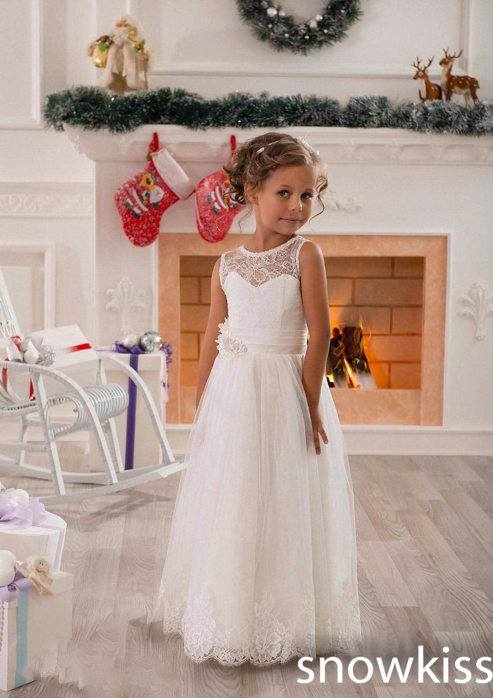New arrival white/ivory sheer neck lace tulle A-line flower girl dress beautiful kids first communion gowns for wedding occasion sheer neck lace beaded new flower girl