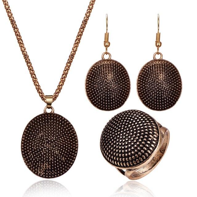 אופנה סגלגל תליון מתכתי הצהרת נשים תכשיטי סטי אתני עגול מגולף עתיק זהב כסף נשים בציר תכשיטי סטים