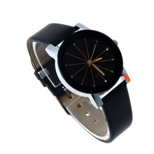 Zegarek damski czarny złote elementy na tarczy