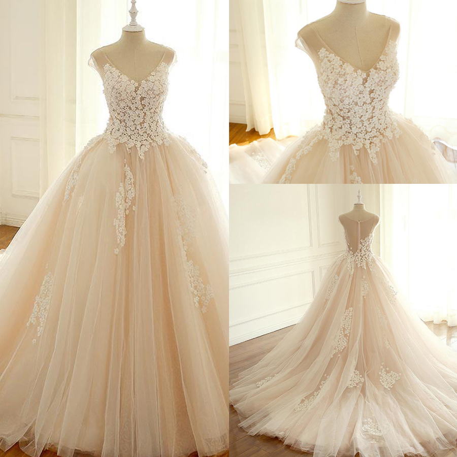Cap Sleeve Lace Long Custom Fashion Custom Wedding Dress with 3D-flowers Illusion Tulle Back Court Train Applique Bridal Dress