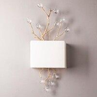 2 Light Настенный светильник с белым тканевым оттенком/позолоченные металлические ветки с искусственным кристаллом
