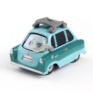 Image 3 - 車ディズニーピクサー車 3 39 スタイルライトニングマックィーン母校 · ジャクソン嵐ラミレス 1:55 ダイキャストメタル合金モデルおもちゃの車ギフト