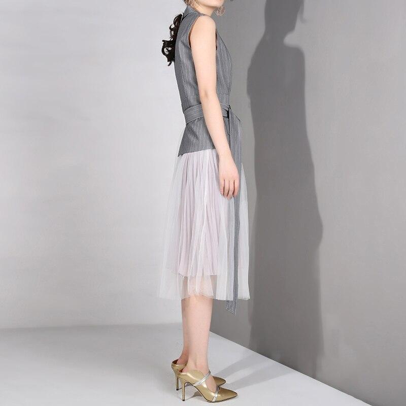 [EAM] 2019 nouveau printemps été revers sans manches gris Straped Mesh Split Joint lâche tempérament robe femmes mode marée LD6270 - 4