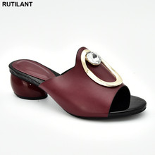 2019 Luxury Shoes Women Designers Ladies Sandals with Heels Pumps Women Shoe Decorated with Rhinestone Italian Elegant Pumps