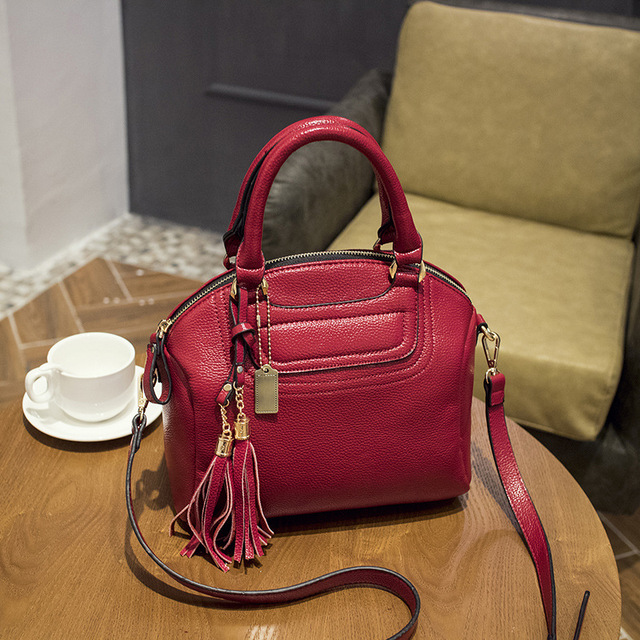 1be354a71f5bc European and American Style Famous Brands Tassels Women s Genuine Leather  Handbags Women Shoulder Crossbody Bag Shell Bag Ladies