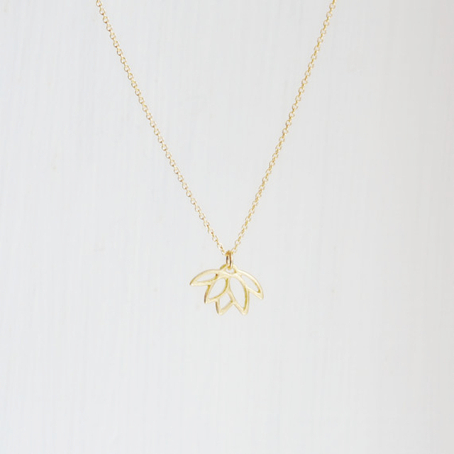 2017 new necklace fashion flower jewelry for women gold silver lotus 2017 new necklace fashion flower jewelry for women gold silver lotus pendants necklace collier feminino accessories audiocablefo