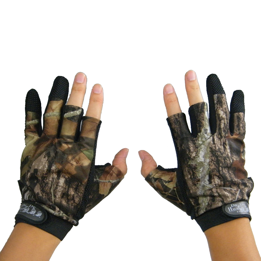 Fingerless gloves hunting - New Camo Hunting Gloves Anti Slip 3 Finger Cut Fishing Gloves Protector Camouflage For Kite Hunting Free Shipping