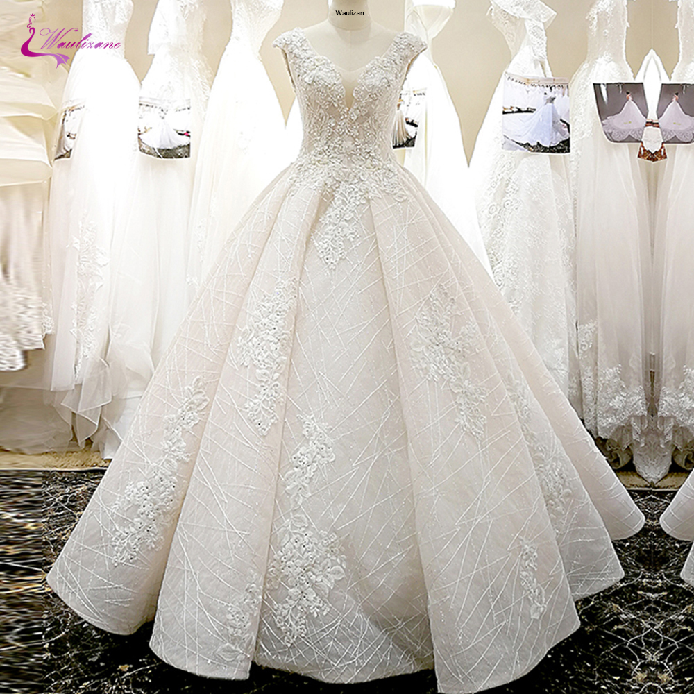 Waulizane V-Neckline Of 3d Flowers A Line Wedding Dress With Elegant Beading Skirt Of Lace Up Bride Dress
