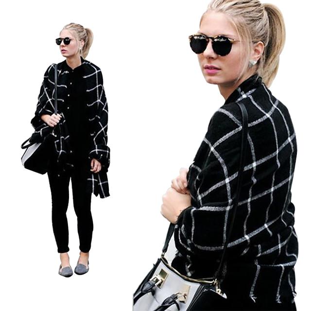 Black warm cashmere scarf