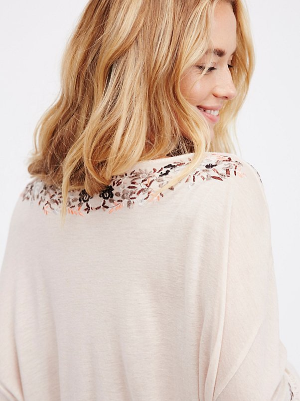 embroidery blusas tops flare 4