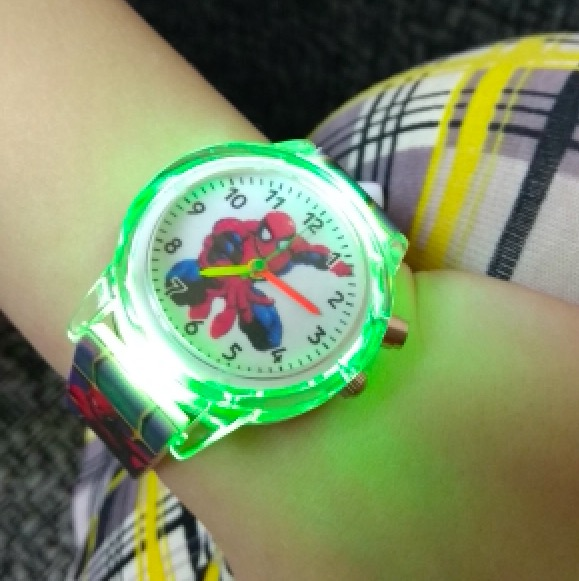 Spiderman Children Watches For Kids Colorful Flash Light Electronic Boys Watch Birthday Party Gift Clock Wrist New Design NC01