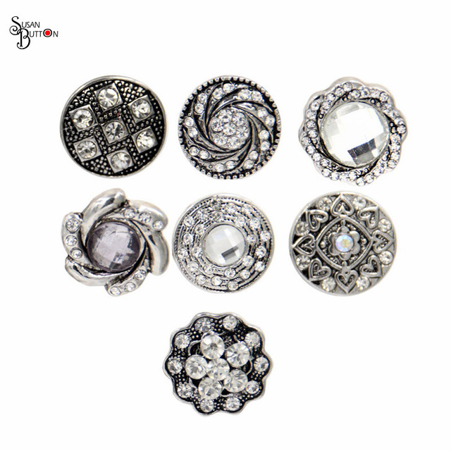 Wholesale Mixed Rhinestone Silver Metal Snap Button Charms 18mm Flower  Spiral Crytal Snap Button Jewelry Fits afc24eb89852
