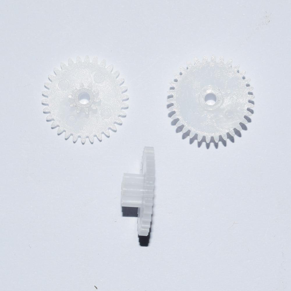 10 x 30 Tooth Gear 16mm Diameter Plastic Cog Gear for 2mm Motor Shaft New